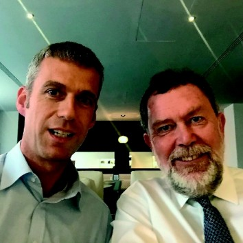 Selfie: Kai Hattendorf (l.) succeeds Paul Woodward as Managing Director of the global association of the exhibition industry (UFI). (Photo: UFI)