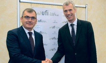 Hosts: Maurizio Danese, president of Veronafiere (l.), and UFI managing director Kai Hattendorf. (Photo: UFI)