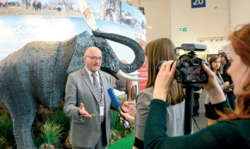 South African Tourism Minister Derek Hanekom believes his country is well prepared for further growth. (Photo: South African Tourism)